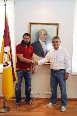 Chateau Forte: Tomas Ujfalusi Galatasaray'da