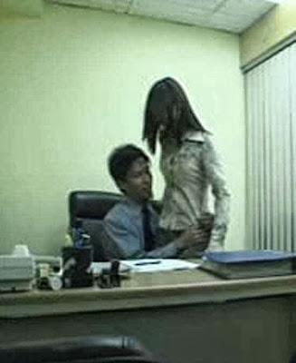 Gambar Ngentot Sekretaris Di Kantor