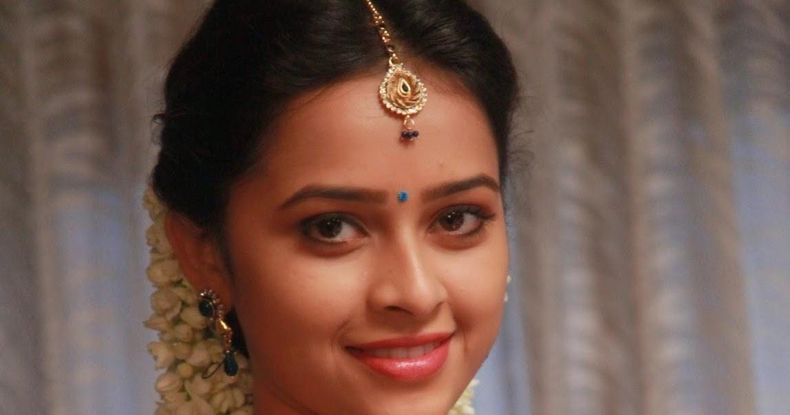 actress sri divya latest cute hot exclusive blue saree