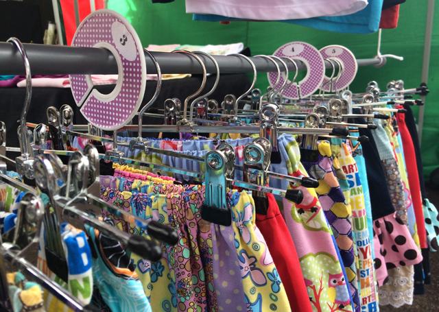 Evie & Flynn clothes at markets ~ Threading My Way
