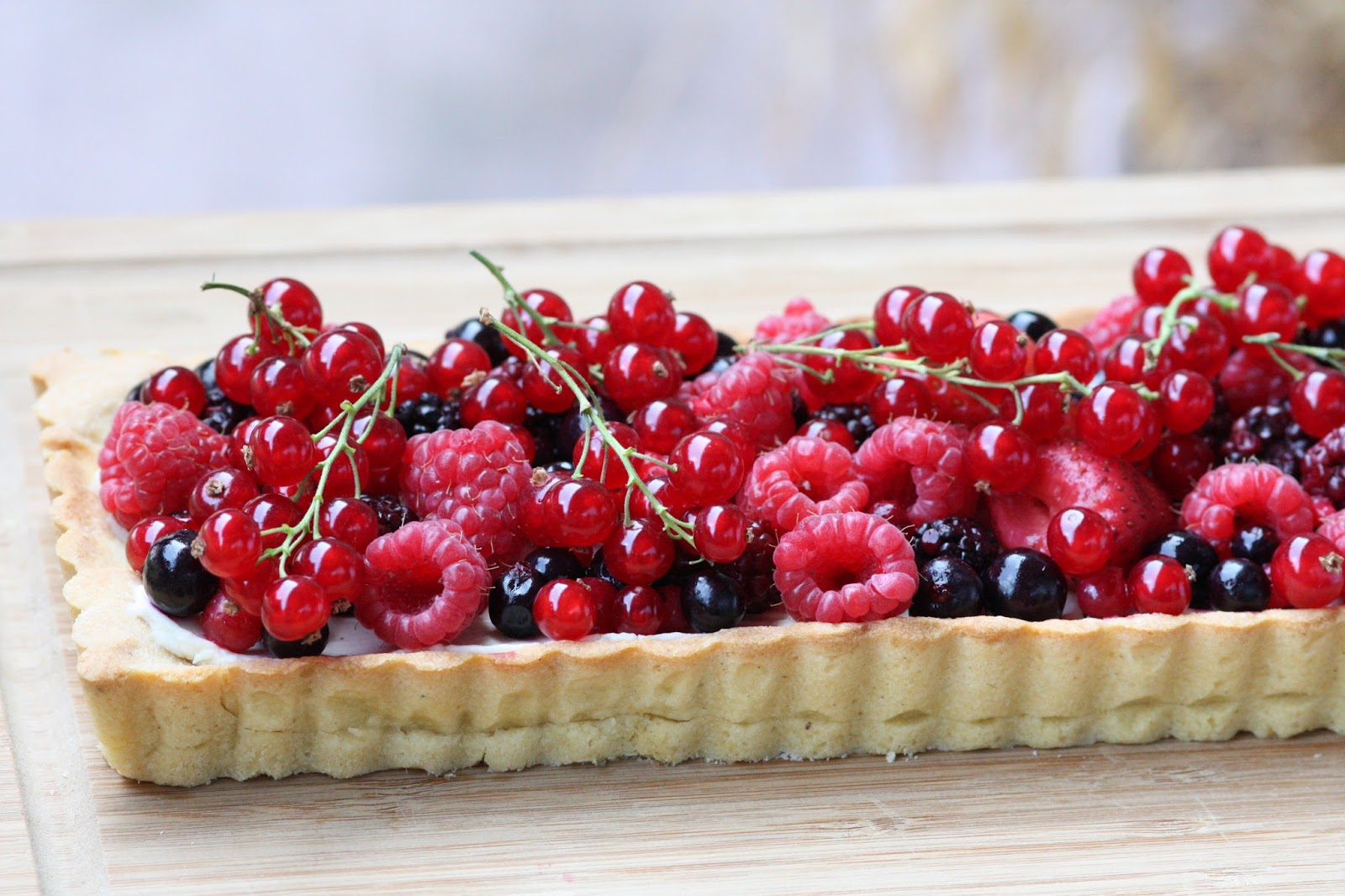 steph in the cuisine tarte aux fruits rouges mascarpone. Black Bedroom Furniture Sets. Home Design Ideas