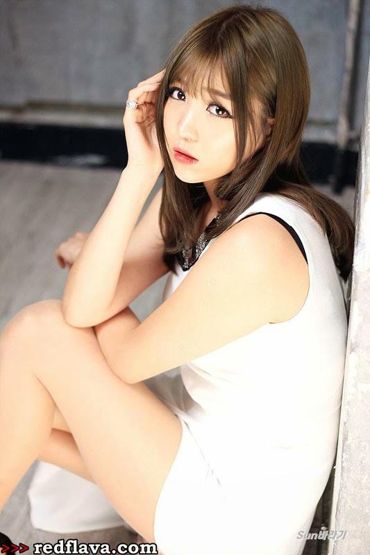Lee Eun-hye photo 003