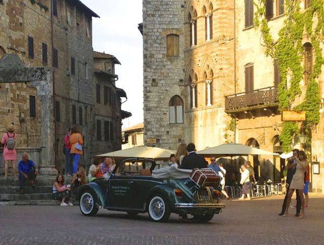 Friends Who Travel | San Gimignano | ElleDeeEsse