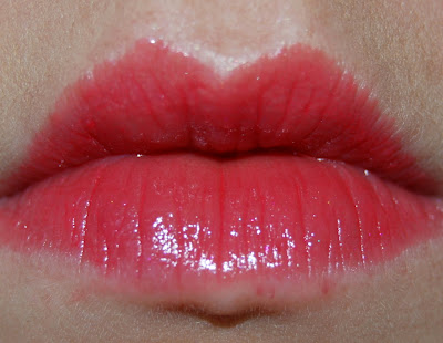 Shiseido Shimmering Rouge in Sizzle