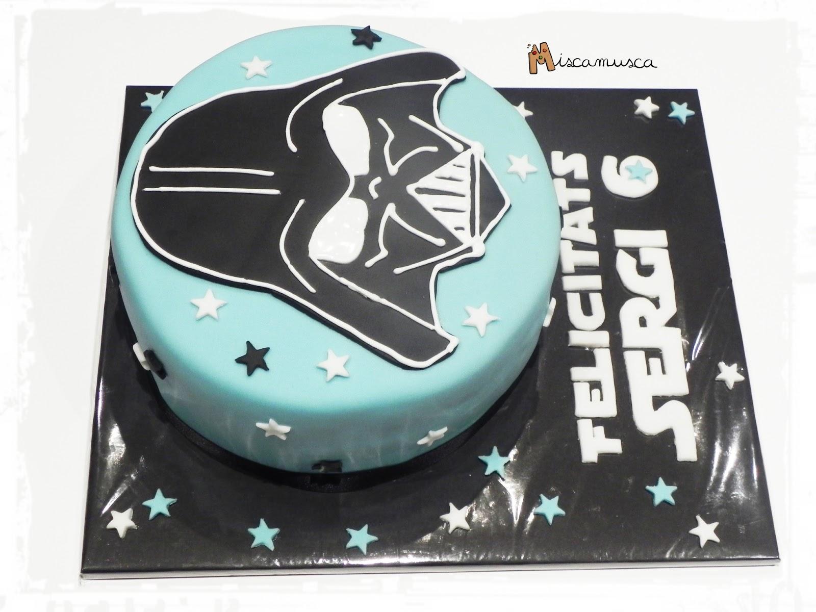 Pastel fondant Darth Vader