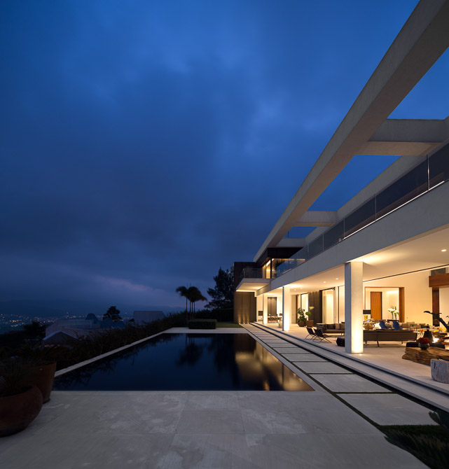 Swimming pool in Modern Jaragua Residence at night