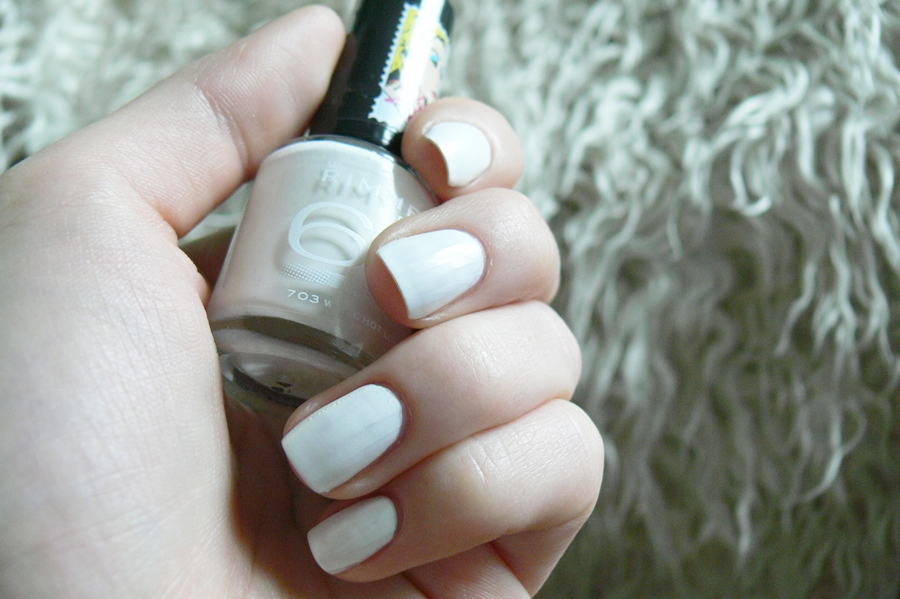 Rimmel 60seconds Rita Ora White Hot Love