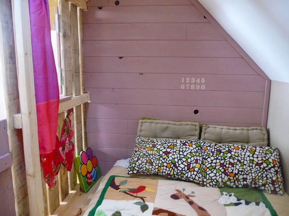 Casita y habitaciones con palets para - Dormitorios con palets ...