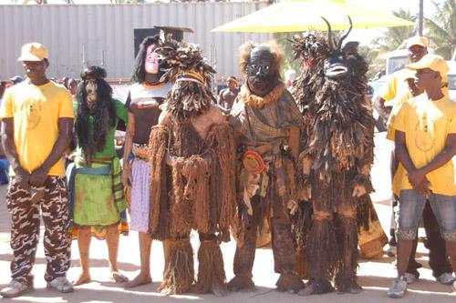 Danças tradicionais de moçambique