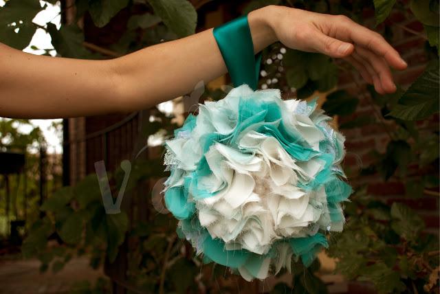 Divertente Bouquet fai da te con Rose di Stoffa