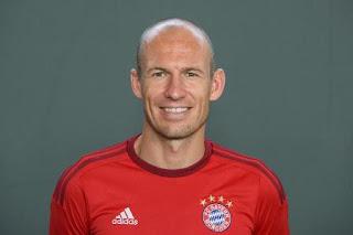 Deadline Transfer: MU Boyong Anthony Martial & Incar Arjen Robben