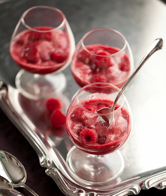 Raspberry Lychee Sorbet Served with Champagne (Champagne Floats)