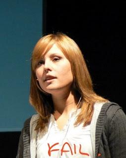 Programmer Wanita Paling Seksi dan Cantik
