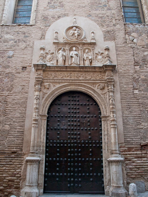 Entrada al Monasterio de San Clemente en Toledo