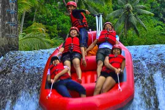 Paket Wisata Rafting Bandung