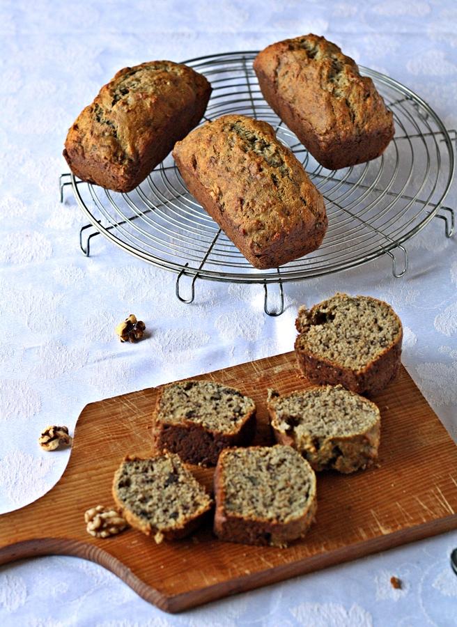 Pin Versatile Vegetarian Kitchen Vanilla Cake Using Homemade Mix Cake ...