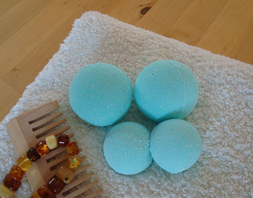 Creannanda tutorial bombe da bagno frizzoline - Bombe bagno lush ...