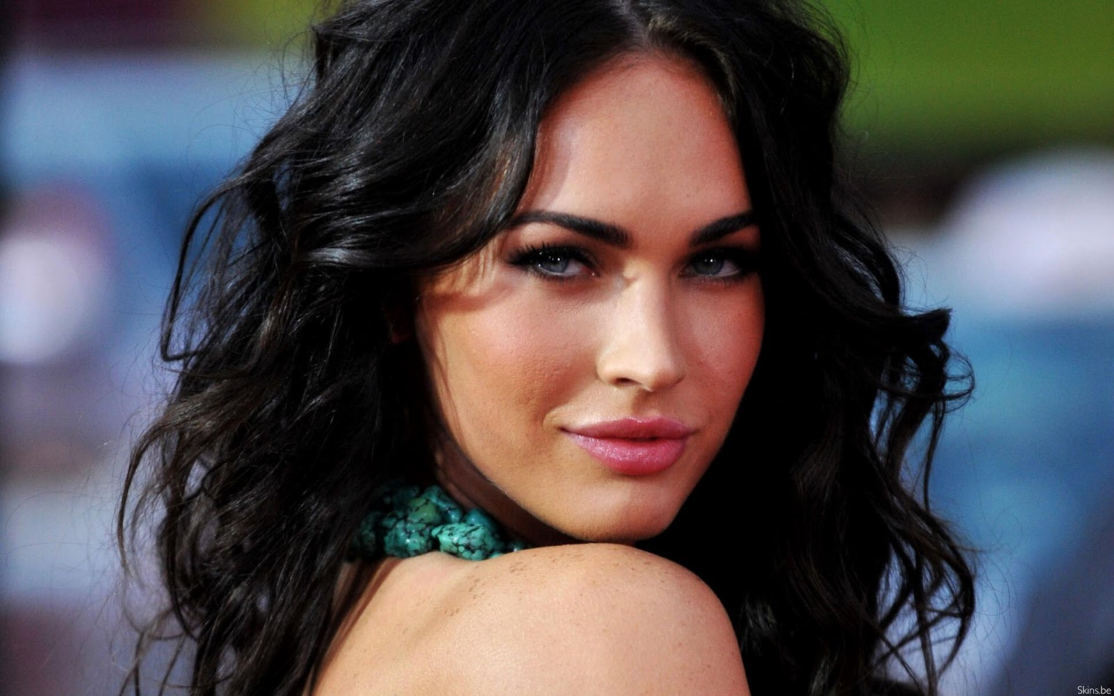 http://2.bp.blogspot.com/-P4FNJm7FR4Q/UV19ZMriVtI/AAAAAAAABvI/0q5nhZ3DIq8/s1600/Hottest+Actress+In+hollywood++Megan+Fox.jpg
