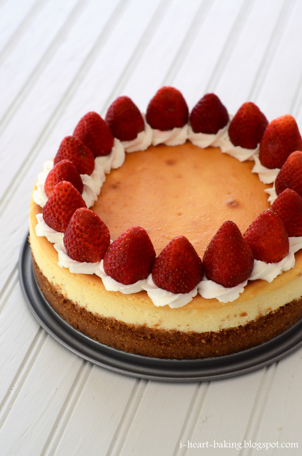 i heart baking!: classic cheesecake decorated with whipped ...