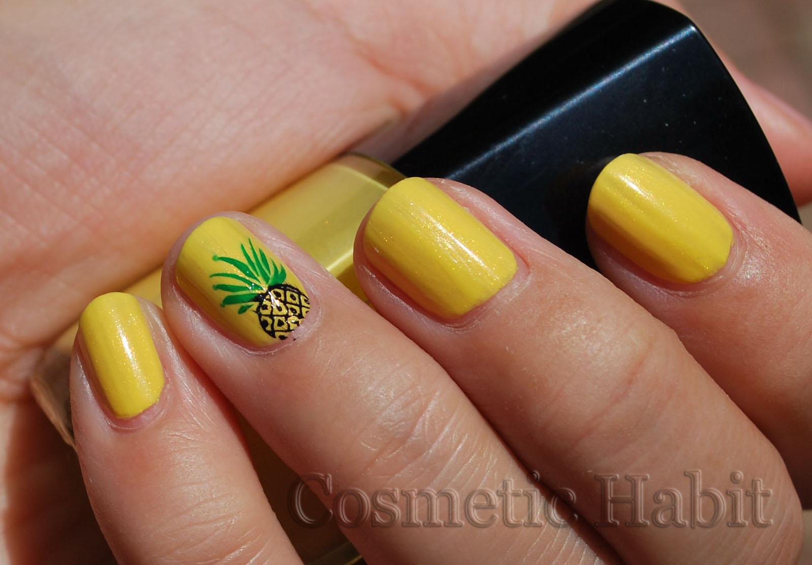 Банан на ногтях фото