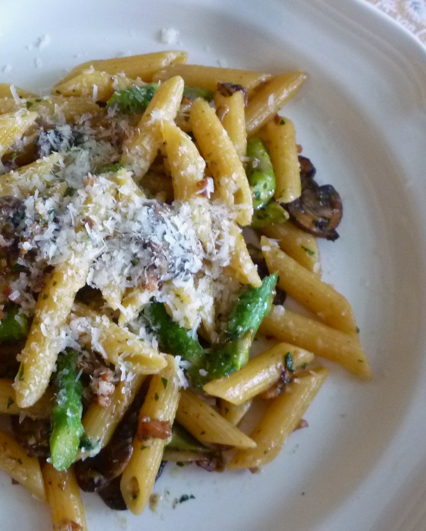 Typically I Prepare This Pasta With Prosciuttobut As I Looked At The  Chunky Little End Piece Of My Americanstyle Smoked Ham, I Thought It Would  Make A