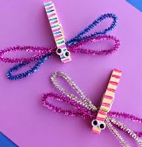 http://translate.googleusercontent.com/translate_c?depth=1&hl=es&rurl=translate.google.es&sl=en&tl=es&u=http://www.craftymorning.com/how-to-make-clothespin-dragonflies-kids-craft/&usg=ALkJrhgT12MOXUEnP_ARdBGxES9oZVKpXg
