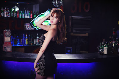 Shin Se Ha Clubbing Beauty