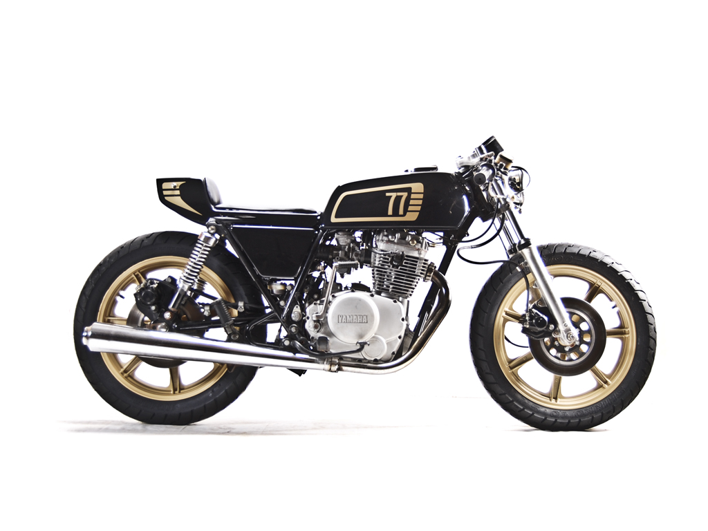 racing caf yamaha xs 400 1977 by motohangar. Black Bedroom Furniture Sets. Home Design Ideas