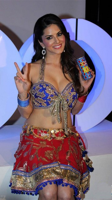 Sunny Leone Latest Sexy Wallpapers