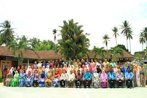 Warga MES 2012