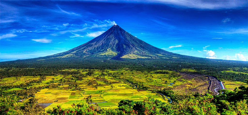 mayon volcano in philippines - photo #12