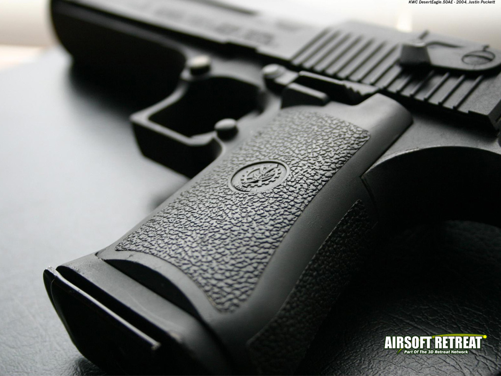 http://2.bp.blogspot.com/-P5HJd7olcqw/Toxmb6mpF3I/AAAAAAAAPus/_o1XctPkq-M/s1600/Gun+Wallpaper+%252830%2529.jpg