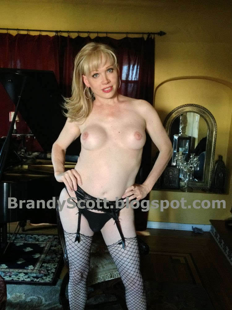 Dating a transsexual Escort-Trans - gayboy.at