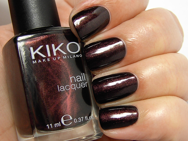 Kiko Pearly Chocolate Noir 374