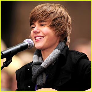 Justin Bieber  Famous on Justin Bieber Become Famous With The First Single But Some