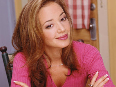 Leah Remini Lovely Wallpaper
