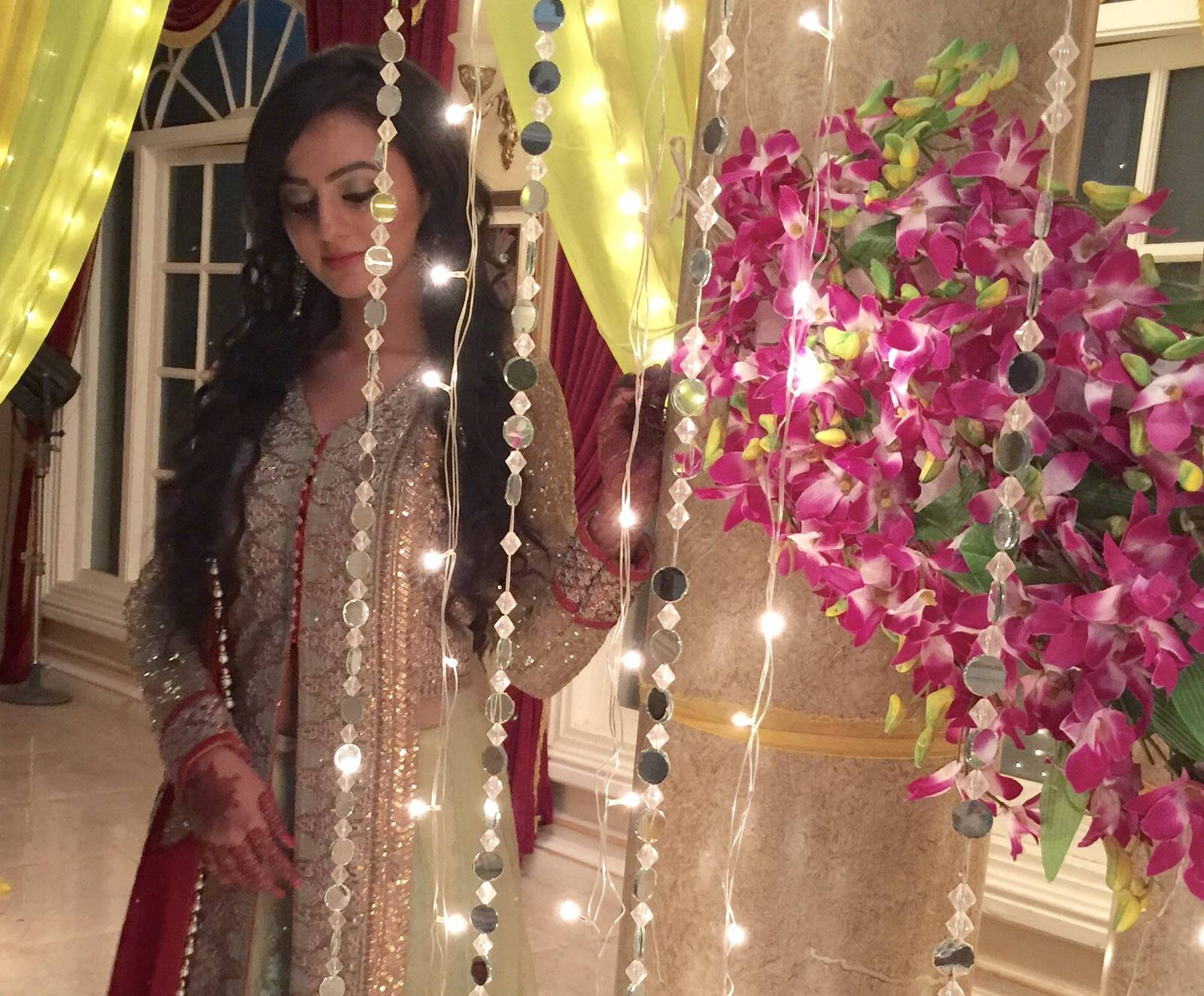 Helly Shah Hd Wallpapers Free Download I Wallpaper Picture Photo