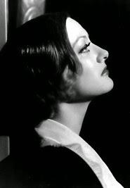 """La Crawford....maravillosa llorando, en """" Grand Hotel """""""