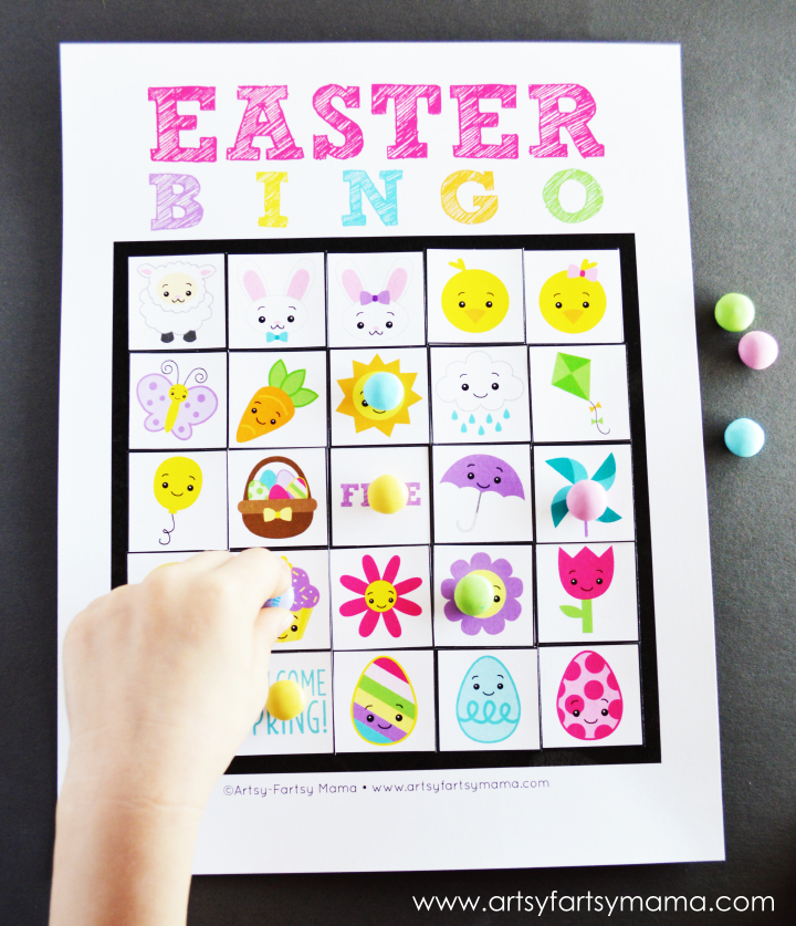 Free Printable Easter Bingo at artsyfartsymama.com #Easter #freeprintable #printable #bingo