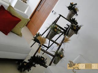 árvore natal, festão, escada, trigo, pássaros, ninhos, baldes, atelier Rosa Maria Calil