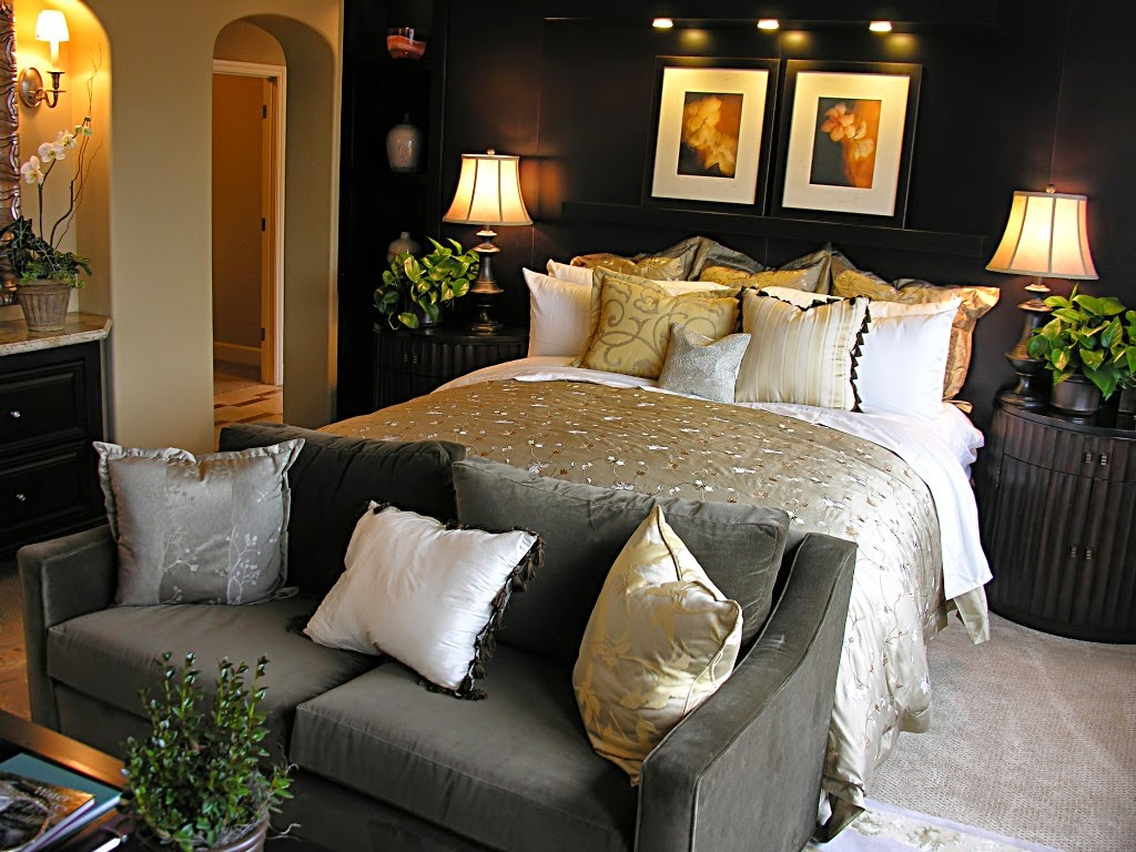 Luxury White Bedroom Design