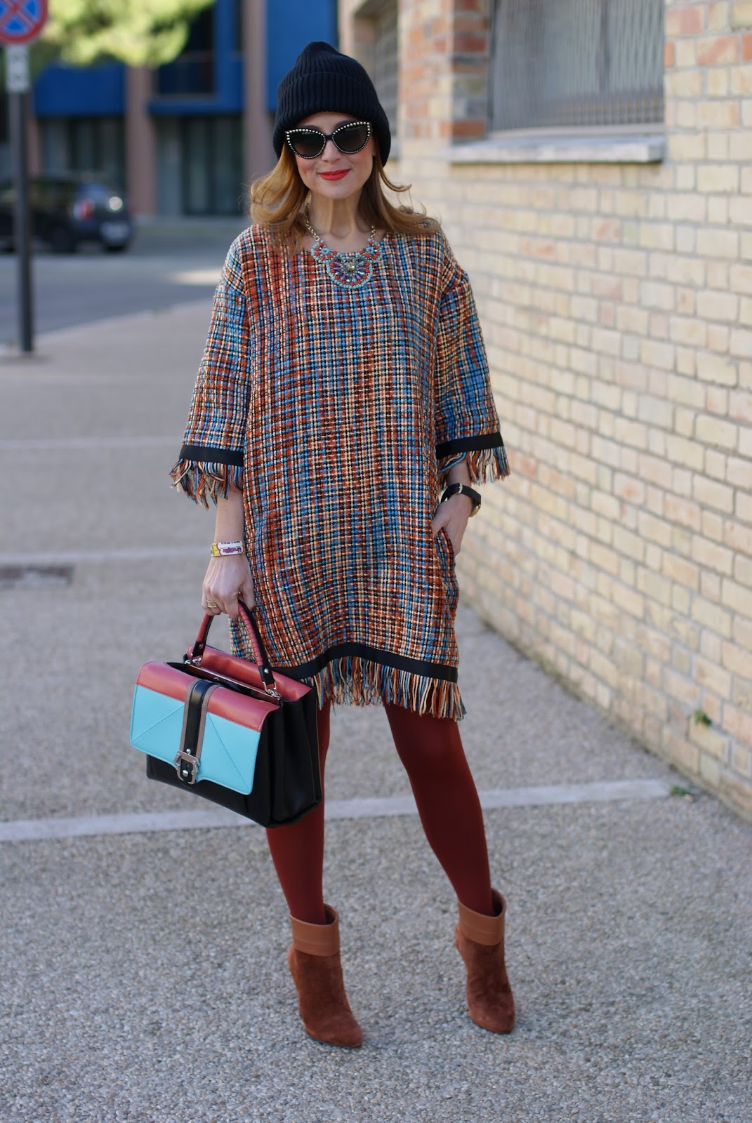 Vogos Gigi dress, Le Silla stivaletti and Paula Cademartori Faye bag on Fashion and Cookies fashion blog, fashion blogger style