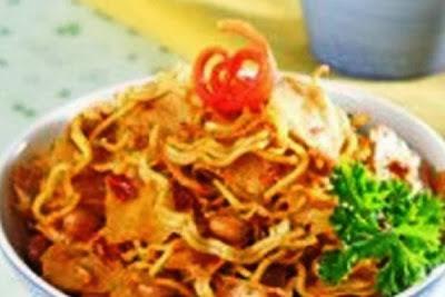 Kering Mie Pangsit Balado. i-Kuliner