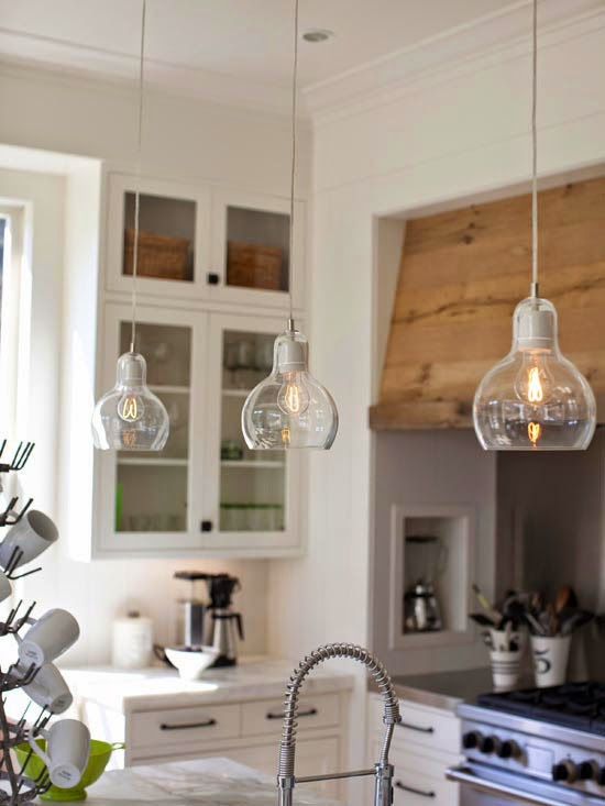 Pendentes na cozinha for One pendant light over island