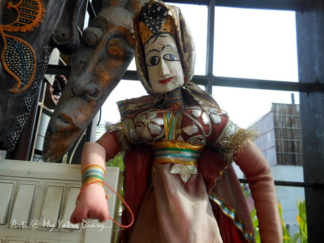 A colorful puppet at a budget Hotel Kalyan, Jaipur, Rajasthan