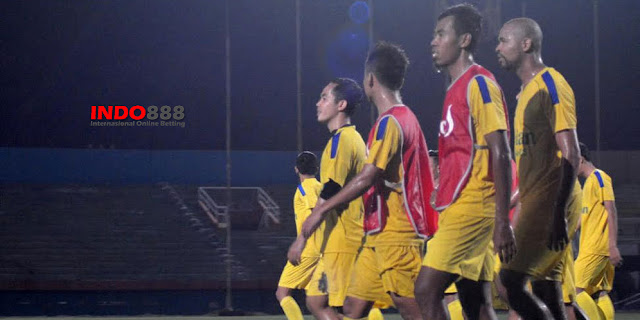 Surabaya United Telah Mempersiapkan Pertandingan Melawan PS TNI - Indo888News
