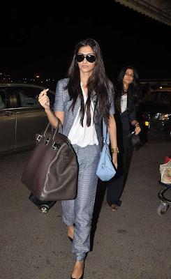 sonam kapoor candid shoot actress pics