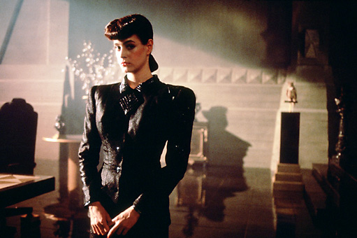 rachel from blade runner pamper and curves