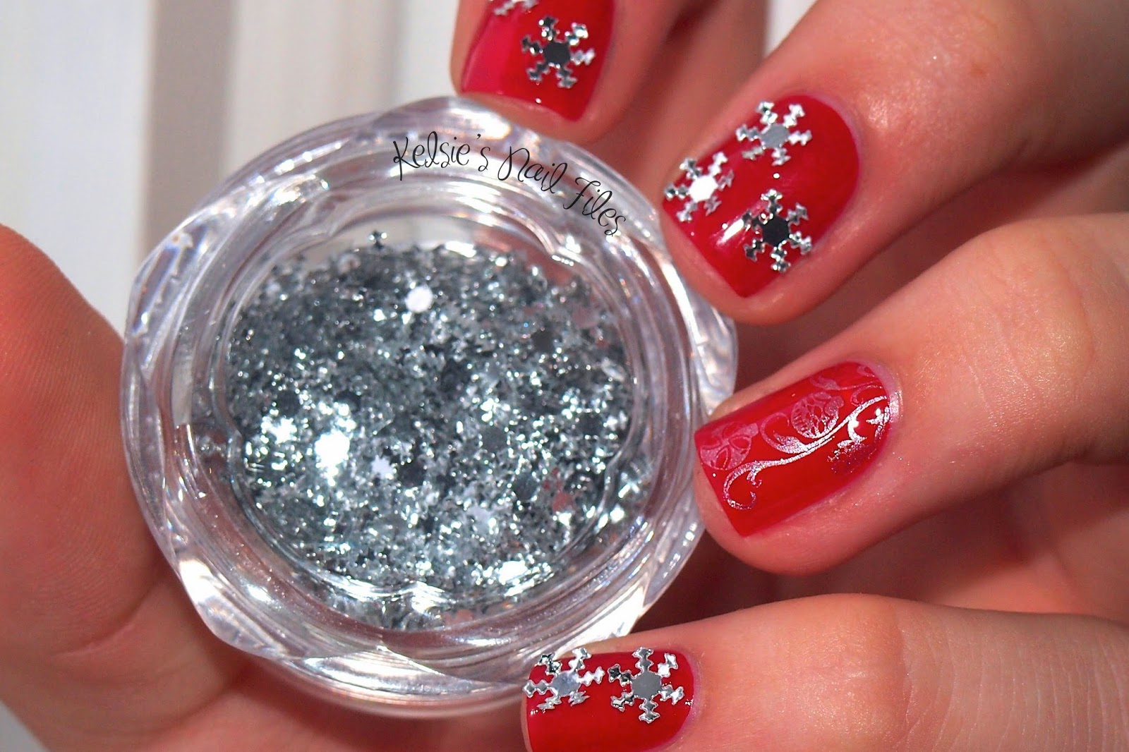 Christmas Decoration Nails ~ Inspiring Quotes and words In Life