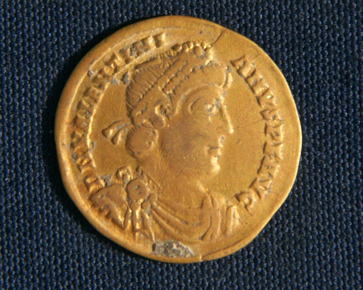 Byzantine-era gold coins found in Luxor